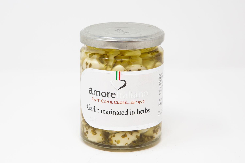 Чеснок маринованный со специями в масле Amore Italiano